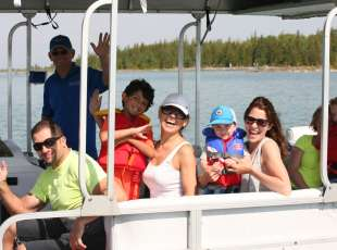 Bruce Peninsula Boat Tours (Sauble Beach)